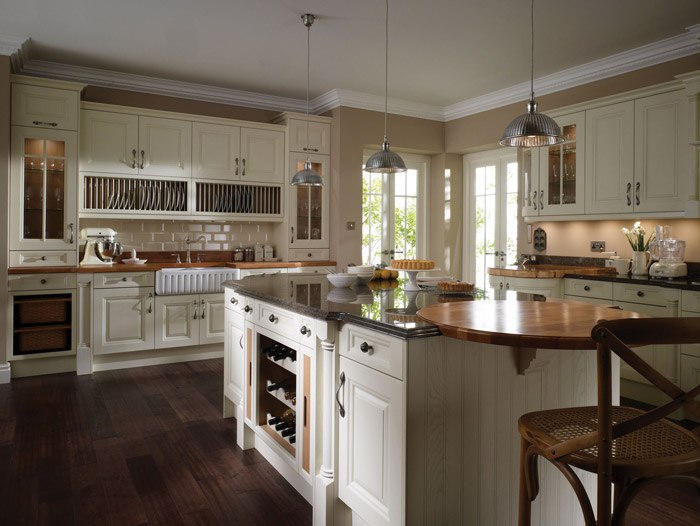 Classic Kitchen Styles classic country kitchen designsalderwood fitted furniture