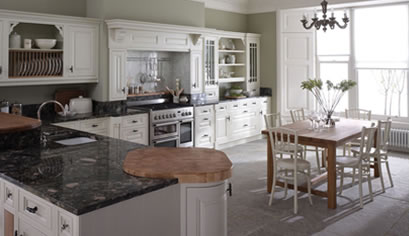 Classic style fitted kitchen by Alderwood Furniture